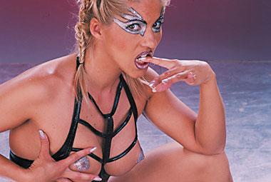 Dina Pearl, Lara Angel