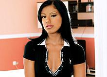 Kyra Black