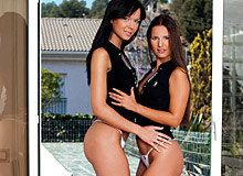 Suzie Diamond And Claudia Rossi