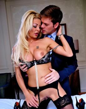 Busty Blonde Milf Tia Layne Swallows a Cumshot-3