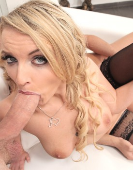 Blonde Model Jemma Valentine Has Hardcore DP-1