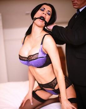 Fetish Superstar Jasmine Jae Pleasured by Stiff Cock-0