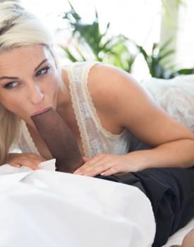Big Butt Blanche Bradburry is an Anal Loving Cheater-1