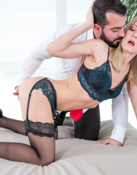 Model Sicilia Takes Cock For Social Media Fame-8