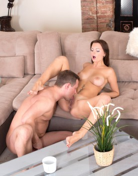 Anal Loving Teen Emily Thorne Gets an ATM Facial-5