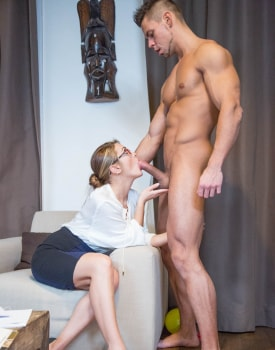 Dominica Phoenix, debuts in Private with squirting-2