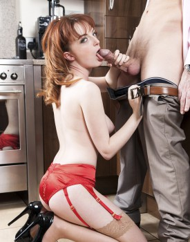 Housewife Lola Gatsby Drains Cum in the Kitchen-6