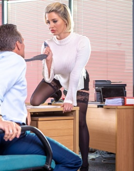 Sienna Day fucks her boss in the office-4