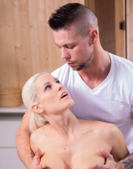 Blanche Bradburry receives an anal massage -4