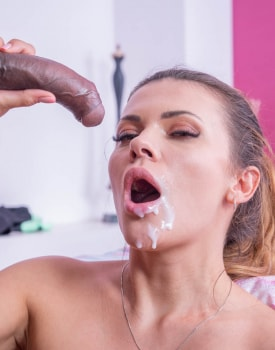Verona Sky, the personal trainer enjoys interracial anal -11