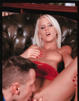 Blonde Babe Cintia Spills Cum on Her Perky Tits -6