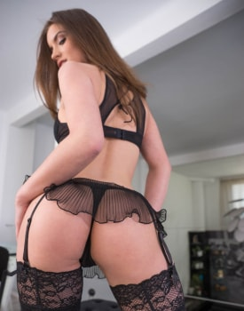 Evelina Darling, addicted to lingerie and anal sex -1