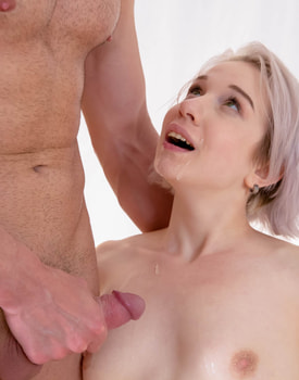 Alice Klay, Anal Debut-11