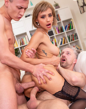 Stunning Debut for Veronica Leal with DP and Squirting -8