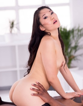 The Asian Katana in her first interracial-10
