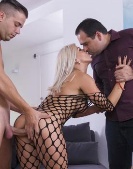 Milf Nikyta Enjoys Hard Anal While Her Husband Watches-4