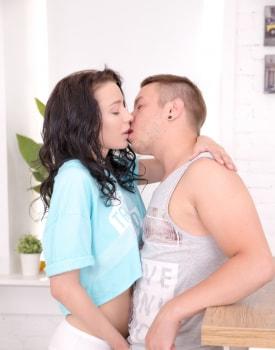 Sexy teen Emily Bender enjoys anal & creampie -2