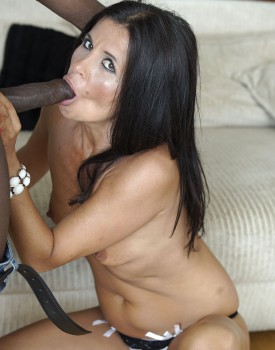 Soraya Rico Takes an Anal Creampie in Her First Interracial Session-3