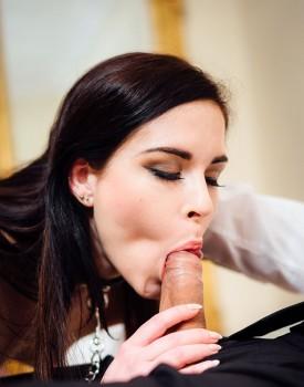 Amber Nevada Masturbates Before Fucking-6