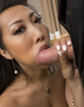 Asian Babe Sharon Lee Gets Takes a Cumshot to her Big Tits-4
