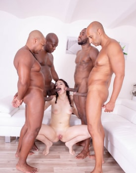 Hannah Vivienne debuts with interracial gangbang-3