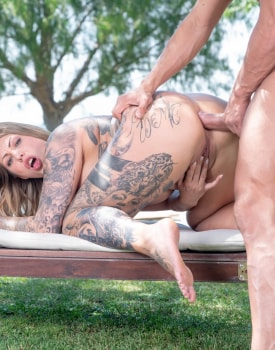 Curvy MILF Mia Blow Debuts With Anal-11