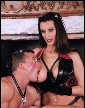 Fetish Loving Angie George Gets an Ass Orgasm -4