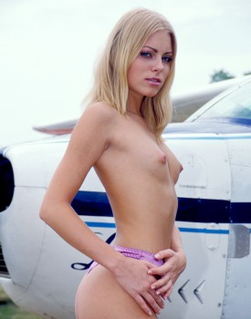 Anal Loving Claudia Jammson Joins the Mile High Club -2