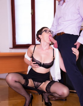 Yasmin Scott MILF and Secretary Gets Cum on Her Glasses-3