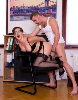 Yasmin Scott MILF and Secretary Gets Cum on Her Glasses-8