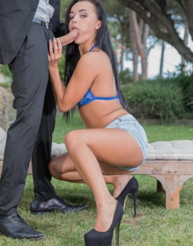 Daphne Klyde Squirts Seven Times in Intense Anal -2
