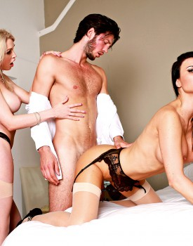 Jasmine Jae & Slutty Maid Tamara Grace Get Off in a Hot Threeway-6